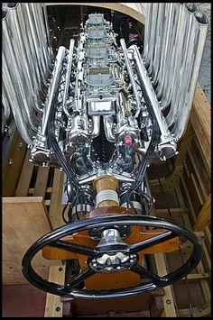 The Miller/Offenhauser Marine V16 engine...in Miss America
