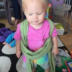 Today during a peer support course I was teaching my little girl decided she wanted a sling on too! #startthemyoung #babywearing #closeenoughtokiss #carrythem #borntobeworn #carryingisnormal #pwcc #13monthold