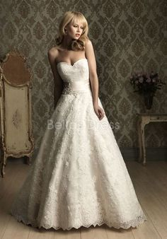 Graceful Lace Sweetheart Natural Waist Floor Length Chapel Train Wedding Gown