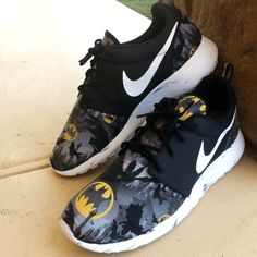 "This is a custom ""Dark Knight"" Roshe Run done by myself handstitched.   Was done on a Deadstock pair of Marble Roshe Runs.  No Shipping outside the US.  Will come with two free pocket tees!"
