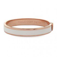 Kollektion: Plain ⦁ Produktart: Armreif ⦁  Material: Messing, vergoldet mit 750/- Roségold ⦁ Breite: 1 cm ⦁ Referenz: 201/PH022