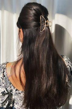 Long Hair Ponytail, Twist Ponytail, Pony Hair, Black Hair Clips, Metal Hair Clips, Black Hair Inspiration, Clip Hairstyles, Hair Again, Long Black Hair