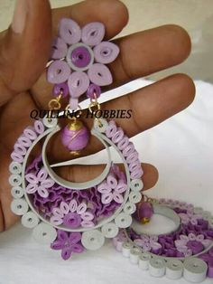 Paperquilled earring- by: Quilled Hobbies
