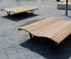 guyon mobilier urbain bain de soleil linea onda bain de soleil urbain (2) Deck Chairs, Urban, Outdoor Furniture, Outdoor Decor, Sun Lounger, Stylish, Design, Home Decor, Lounge Seating