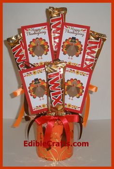Looking for Thanksgiving crafts for adults? Here is a Candy Bouquet tutorial.  #thanksgiving #crafts #craftsforadults