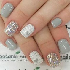 STOP – 46 Beautiful Valentine's Day Nails - Christmas Deesserts Grey Nail Art, Gray Nails, Silver Nails, White Nails, Pink Nails, Silver Glitter, Fall Gel Nails, Glitter Manicure, Sparkly Nails