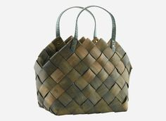Gu0011 / House Doctor Tote Storage, Storage Baskets, Flax Weaving, Basket Weaving Patterns, Cool Room Decor, House Doctor, Beautiful Bags, Diy Beauty, Easy Crafts