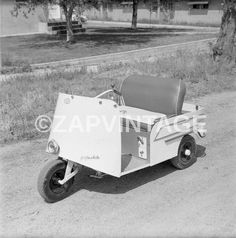 Condition: Reprint (See Photos For More On Photo). All photographic images are high quality reproductions printed directly from the original negatives unless otherwise stated. Golf Cart Bodies, Custom Golf Carts, Vintage Golf, Go Kart, See Photo, Baby Strollers, Electric, Scooters, Transportation