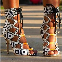 Summer New Women High Heel Sandals Casual Print Summer Stiletto Heel--- National Style Great Stylish Shoe For The Summer! Hot Shoes, Crazy Shoes, Me Too Shoes, Pumps, High Heels Stilettos, Stiletto Heels, High Heel Boots, Suede Boots, Heeled Boots