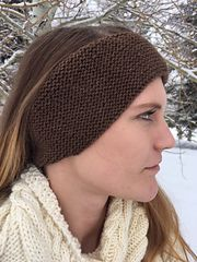 These ear warmers are quick and simple to work. Worked in the round, this piece is shaped with short rows for maximum ear coverage. I chose bison wool because it's so warm and soft, but any springy DK weight yarn will work as well.