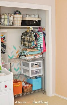 Kids Room Closet Makeover
