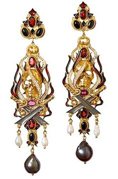 These over-the-top earrings are by Diego Percossi Papi...