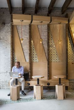 ICONIC CAFE | studio vural; Photo: Kate Glicksberg | Archinect