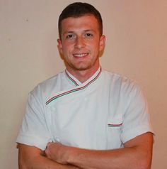 The culinary arts school Chef Academy Italy Welcome to the Master Antonio Langone, World Champion of gluten-free pizza (trophy Caputo 2012, Nola). Langone is an expert in training and provides consulting for gluten-free pizza and pizza napoletna STG (Guarantee of Italian food High Quality ) in Italy and abroad. He works also with the Association Neapolitan Pizza.