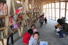 Librería y Centro Comunitario Pinch,Cortesía de Olivier Ottevaere + John Lin
