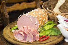 Így készíts magadnak párizsit vagy felvágottat házilag Hungarian Recipes, Sausage, Tasty, Homemade, Meat, Breakfast, Desserts, Food, Tailgate Desserts