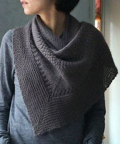 Textured Shawl By Orlane - Free Knitted Pattern - (ravelry) Shawl Patterns, Knitting Patterns Free, Free Knitting, Free Pattern, Crochet Patterns, Knit Cowl, Knitted Shawls, Knit Scarves, Scarfs