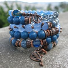 Blues and Copper Memory Wire Bracelet Memory Wire Jewelry, Memory Wire Bracelets, Handmade Bracelets, Boho Jewelry, Beaded Jewelry, Handmade Jewelry, Jewelry Ideas, Wrap Bracelets, Beaded Necklaces