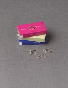 Piggy paperclips, the only think that would make these even more awesome is if they were pink!