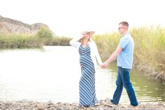 """""""In giving birth to our babies, we may find that we give birth to new possibilities within ourselves."""" –Myla and Jon Kabat-Zinn We have a beautiful desert maternity session with a great story from Reflecting Grace Photography for you today.Read more"""