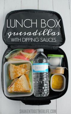 Back to School Lunch Ideas - Lunch Box Quesadillas With Dipping Sauces - Quick Snacks, Lunches and H Healthy Bedtime Snacks, Healthy Lunches For Kids, Snacks For Work, Lunch Snacks, Clean Eating Snacks, Lunch Recipes, Kids Meals, Healthy Snacks, Healthy Recipes