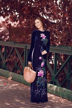 LOTUS LONG DRESS - HS062 Just spent a little time and you'll find magical :)