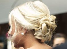 When it comes to hair, too much is never enough. Cutest bun ever! Her hair ? Pretty Hairstyles, Braided Hairstyles, Wedding Hairstyles, Wedding Updo, Prom Updo, Amazing Hairstyles, Braided Updo, Bun Braid, Updo Hairstyle