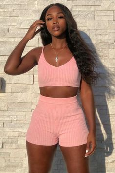 cute lazy day outfits for school Pink Outfits, Swag Outfits, Trendy Outfits, Summer Outfits, Cute Outfits, Fashion Outfits, Runway Fashion, Disney Fashion, Jeans Fashion