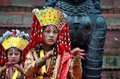 Dancer in Kathmandu, Nepal, Tänzerin in Kathmandu