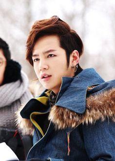 Jang Keun Suk (Love Rain)