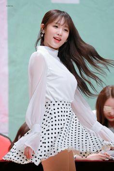 Kpop Girls, Girl Group, High Waisted Skirt, Bell Sleeve Top, Mini Skirts, High Neck Dress, Photo And Video, Tops, Dresses