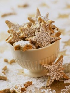 i love making star biscuits Xmas Food, Christmas Sweets, Christmas Kitchen, Christmas Goodies, Christmas Baking, Christmas Star, Merry Christmas, Cookie Recipes, Dessert Recipes