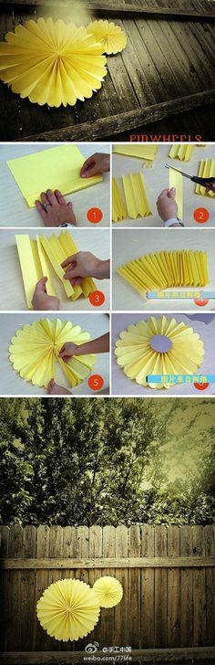 DIY: Papier-Pompons/ Papier-Räder oder Fächer einfach selber machen. Eine tolle Deko für dein Fest!