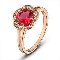 Deze schitterende damesring, zal elke vinger complimenteren. Vrouwelijk ring met SWAROVSKI kristallen - heeft een prachtige uitstraling. Elegant, rom