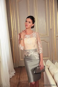 The mother of the bride a special person, therefore, she should look perfect. We are picked out some elegant and trendy dresses for your moms. Summer mother of the bride dresses are different —… Summer Mother Of The Bride Dresses, Mother Of Bride Outfits, Mother Of Groom Dresses, Mothers Dresses, Mother Of The Bride Clothes, Mom Dress, Lace Dress, Lace Bodice, Lace Sleeves