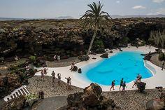 Cesar Manrique Tour Lanzarote Excursions - Jameos del agua