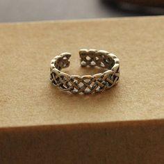 Sterling Silver Celtic Knot Toe Ring Adjustable toe ring memory tea ring