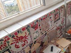 Мозаика из битой плитки, мозаика из плитки своими руками, декор балкона