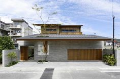 Simple Modern Architecture Design Ideas with Japanese Style: The Japanese Minimalist House Modern Architecture Design Ideas From Outside Looks So Solid And Strong ~ Banffkiosk Architecture Inspiration Design Villa Moderne, Modern Villa Design, Architecture Résidentielle, Modern Architecture Design, Design Entrée, Japan Design, Japanese Home Design, Japanese House, Japanese Style