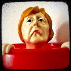German chancellor Angela Merkel in the tub:)! Politicians gone wild!!!!