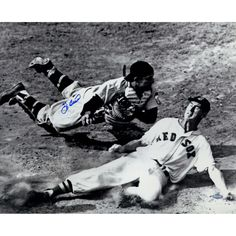 Yogi Berra Signed Tagging Ted Williams Metallic 16x20 Photo