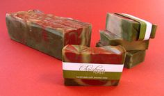 Cold Process Christmas Soap - Part One by brambleberrysoap and the Soap Queen.  Recipe included!