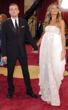 Leonardo DiCaprio & Gisele Bundchen from Throwback: Couples at the Oscars Leonardo Dicapro, Young Leonardo Dicaprio, Gisele Bündchen, Richard Gere, 3rd Eye, Celebrity Red Carpet, Cindy Crawford, Academy Awards, Camila