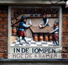 Amsterdam - gevelsteen 'In de Lompen' - na restauratie