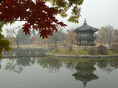 Gyeongbokgung palace was constructed in 1394 and reconstructed in 1867. It is the main and largest place of the Five Grand places built by the Joseon Dynasty.