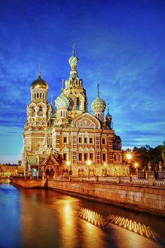 Templos Religiosos - Catedral do Sangue Derramado, em São Petesburgo, na Rússia.