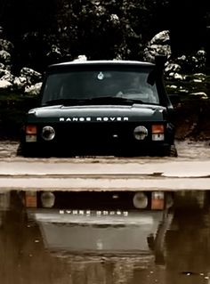 Keep the bow wave moving forward! Range Rover Classic, Range Rover Lwb, Range Rover Supercharged, Range Rovers, Range Rover Sport, Best 4x4, Suv Models, Off Road Adventure, Land Rover Discovery