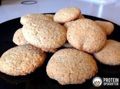 """Home made protein """"kammerjunkere"""" - a biscuit you eat with butter milk :)"""