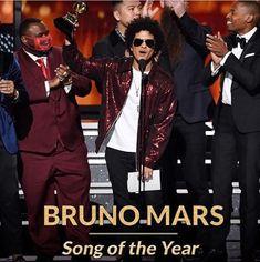 "#Congrats #Winner #BrunoMars' 24K Magic track ""That's What I Like"" has won #SongoftheYear & #AlbumofTheYear Bruno Mars #WON .. Best R&B Song - Best R&B Album - Best R&B Performance - Record Of The Year - Album Of The Year - Song of the Year #6Grammys at the 2018 #Grammys #TheGrammys #60thannualgrammyawards #MadisonSquareGarden #TheGarden #NewYorkCity #NYC"