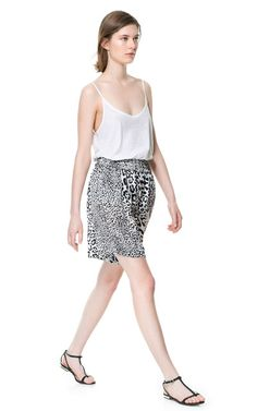 ANIMAL PRINT FLOWING SHORTS from Zara